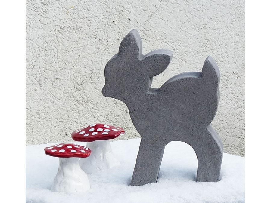 bambi aus beton. Black Bedroom Furniture Sets. Home Design Ideas